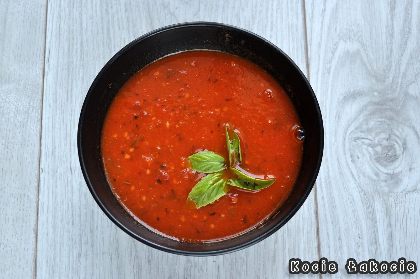 Krem z pomidorów malinowych
