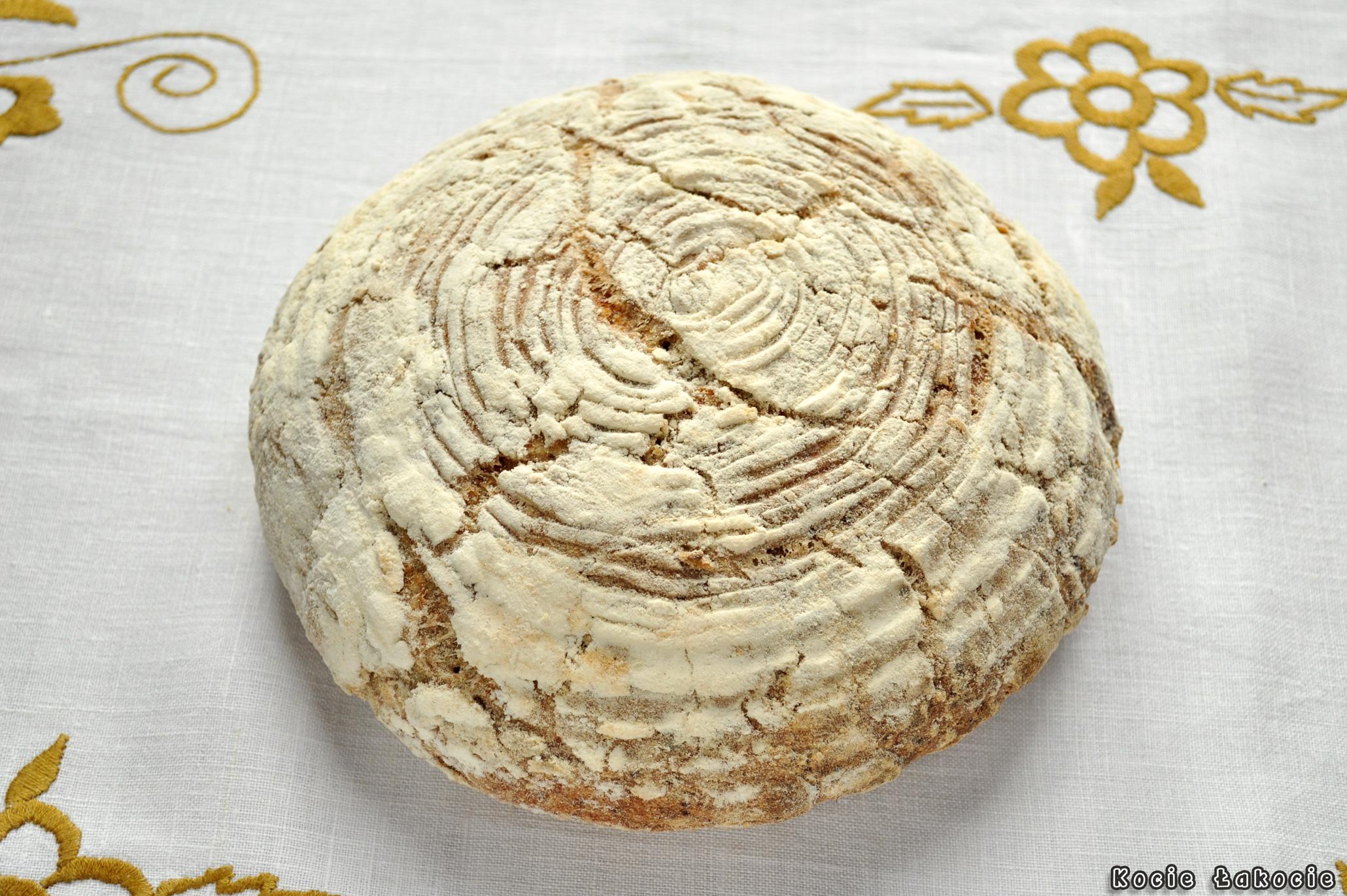 Leniwy chleb na zakwasie