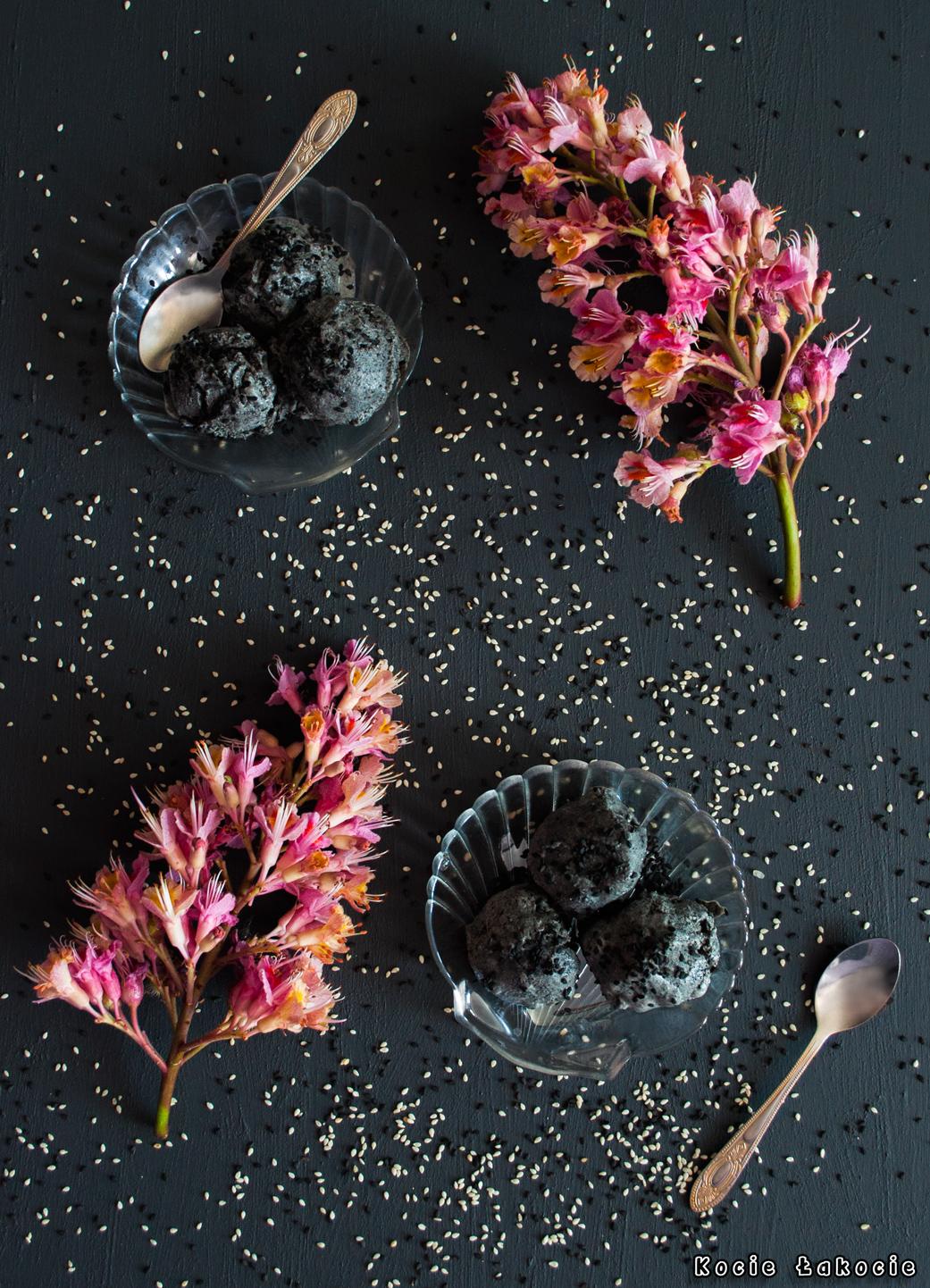Lody z czarnego sezamu (bez cukru)