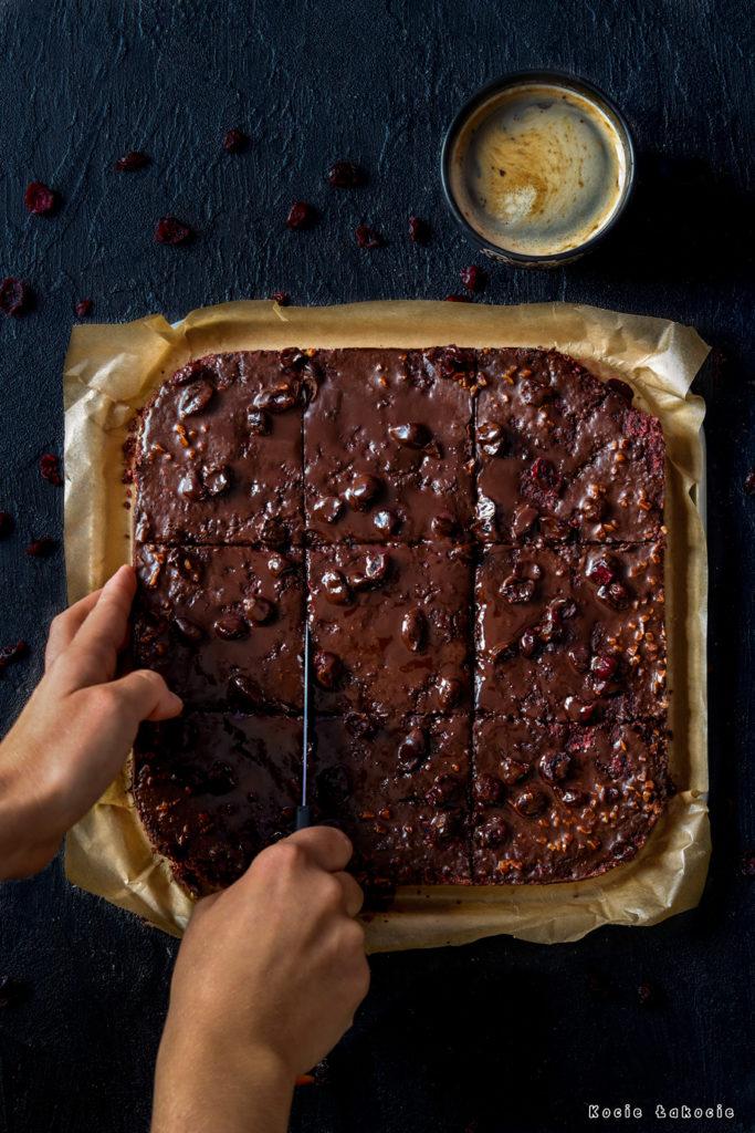 wegańskie brownie z buraków