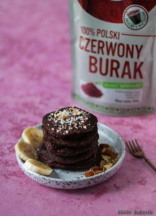 Wegańskie czekoladowo-buraczane pancakes